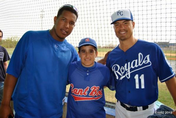 Eric Asensio con sus 2 idolos