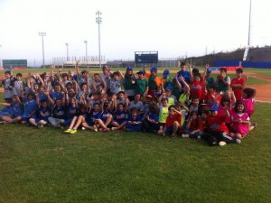 Éxitazo en la 1ª Trobada de Beisbol Escolar en Sant Boi (Beeball)