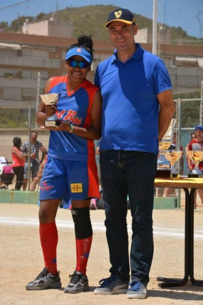 Roxana Ramos Champion Bate