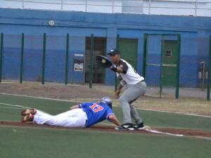 El primer equipo de Beisbol logra un triunfo en Tenerife
