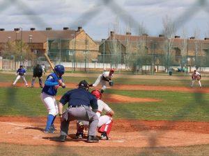 Doble victoria del Béisbol DH en Zaragoza
